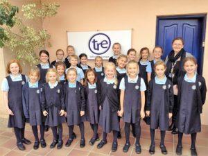 Primary School Choir at Talk Radio Europe